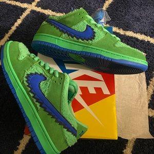 Nike SB DUNKS Grateful Dead
